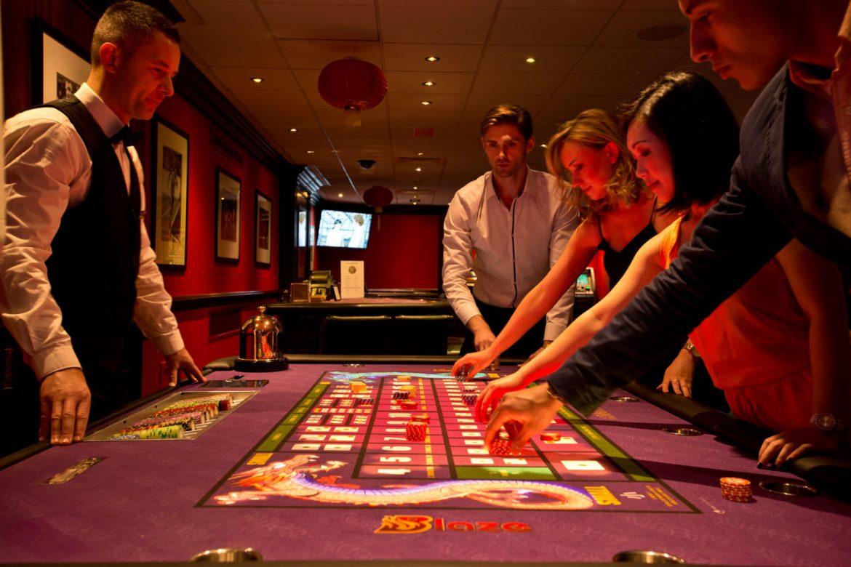Play convenient casino game online